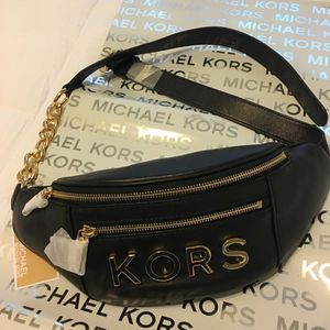 New Authentic Michael Kors Waist Bag Fanny Pack Special Edition for Sale in Bellflower, CA