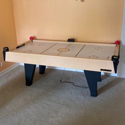 Professional 7' Air Hockey Table for Sale in Boca Raton,  FL
