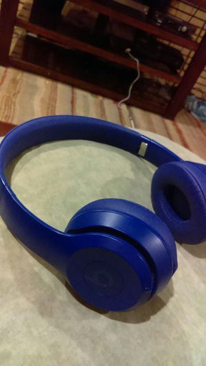 Beats solo 3 for Sale in Dearborn Heights, MI