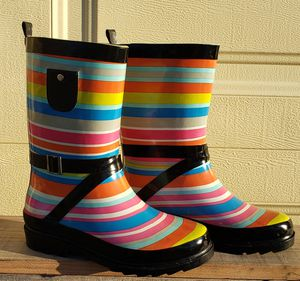 Girl's Rubber Rain Boots, size 2/3 for Sale in Cape Coral, FL