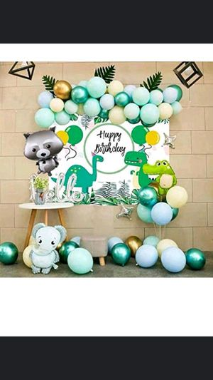 Jungle animals happy birthday party backdrop / decorations and balloons for Sale in Long Beach, CA