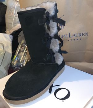 Koolaburra By Ugg Women's Victoria boots size 9 for Sale in Denver, CO