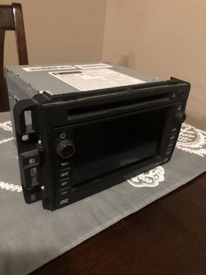 Stereo head unit- Gm GPS navigation entertainment system- denso Bose head unit(radio) new upgraded navigation disc . Came off of a 07 Chevy Tahoe . for Sale in Gleed, WA