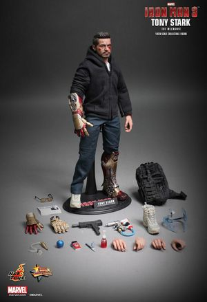 "Hot Toys 1/6 scale MMS 209 ""The Mechanic,"" Tony Stark Collectible figure. for Sale in West Covina, CA"