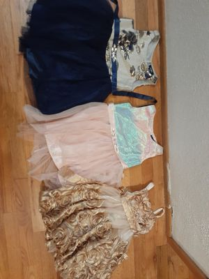 Christmas and special occasion dresses size 4 for Sale in Puyallup, WA