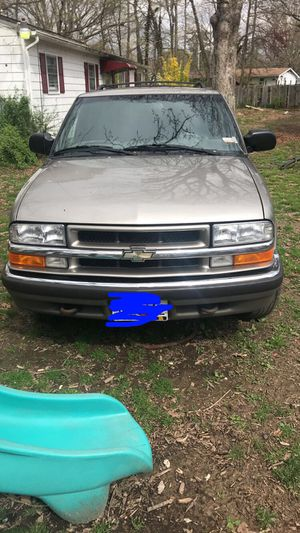 1999 CHEVY BLAZER for Sale in Lexington Park, MD