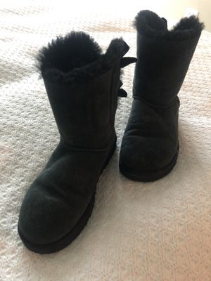 UGGS Boots Size 7.5 for Sale in Chicago, IL