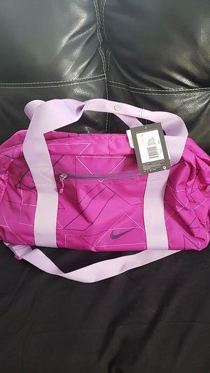 NIKE duffle bag for Sale in Brooklyn Park, MD