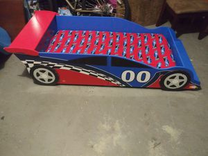 Toddler racecar bed for Sale in Brandon, FL