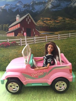 1998 remote control Barbie pink Jeep & made to move a Barbie for Sale in Tampa, FL
