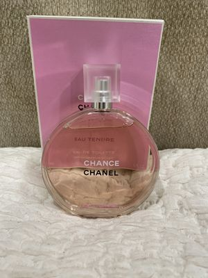 New CHANEL -Pink perfume for Sale in Los Angeles, CA