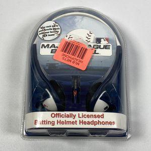 MLB New York Mets batting helmet over the head headphones BRAND NEW for Sale in Fort Lee, NJ