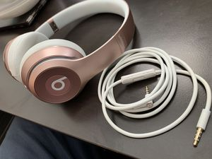 Beats Solo 2 Bluetooth wireless (or wired) Limited Edition Rose Gold on-ear Headphones for Sale in Tacoma, WA