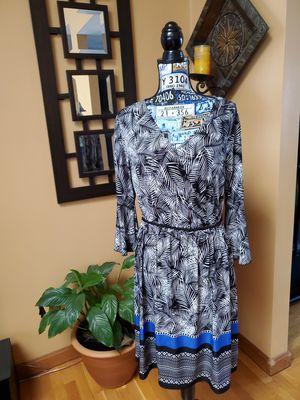 MLLE GABRIELLE FERN PATTERN BELL SLEEVE DRESS for Sale in Taunton, MA