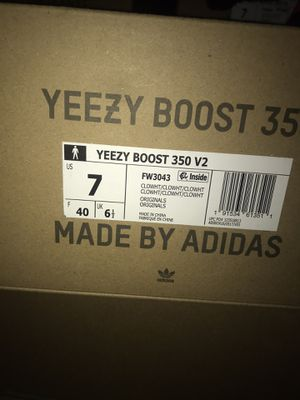 Yeezy Boost 350 v2 Cloud White for Sale in Anaheim, CA