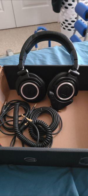 Audio technica ath-m50x for Sale in Melbourne, FL