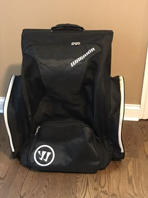 Warrior backpack rolling hockey bag for Sale in Elmhurst, IL