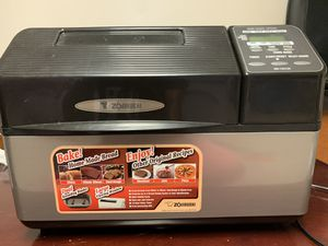 Zojirushi bread maker for Sale in Paterson, NJ