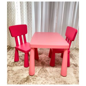 Kids Table Kids Desk with 02 Chairs 🪑🪑 for Sale in Miami, FL