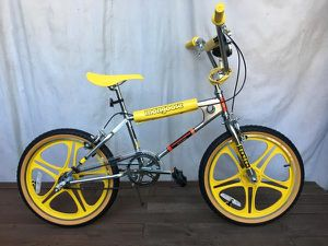 Mongoose bmx bike bicycle for Sale in Los Angeles, CA
