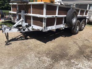 Trailer heavy duty 6 lug with brakes for Sale in West Chicago, IL