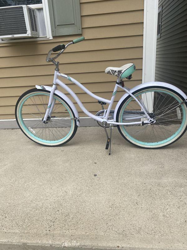 Women's beach cruiser bike, need gone ASAP!