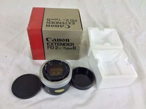 Canon FD 2X, Type B Extender With Box for Sale in Severn, MD