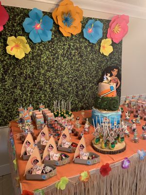 Moana birthday decorations for Sale in Fort Lauderdale, FL