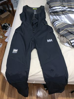 HELLY HANSEN SNOW SUIT for Sale in Sudley Springs, VA