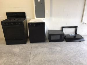 New Whirlpool Appliance Suite for Sale in Land O Lakes, FL