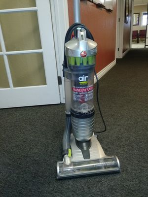 Hoover Vacuum for Sale in Phillips Ranch, CA
