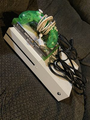 Xbox One S Bundle with games and controller for Sale in Columbus, OH