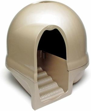 New Petmate Clean Step Litter Dome. for Sale in Las Vegas, NV