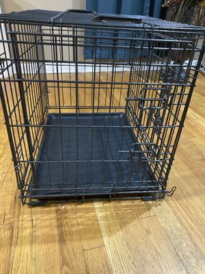 "Dog Cage 24"" by 18"" by 19"" for Sale in Northlake, IL"