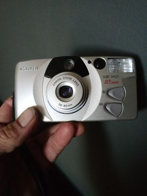 Canon Sure Shot 85 Zoom Vintage 35mm Film TESTED for Sale in Chino, CA