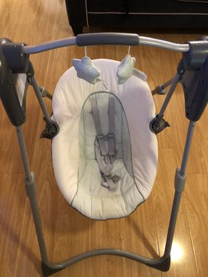 Infant car seat and swing for Sale in Downey, CA