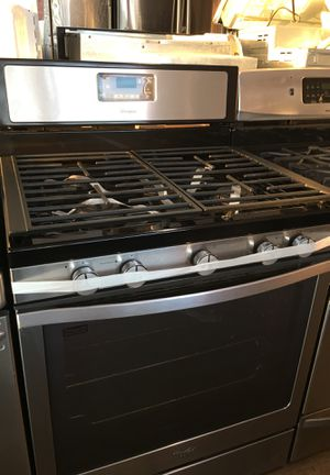 Whirlpool Gas Stove for Sale in Santa Ana, CA