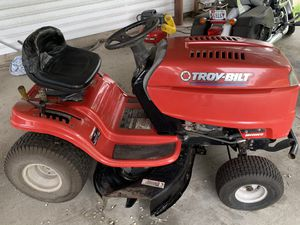 Troy built lawn tractor for Sale in Pasadena, MD