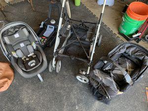 Peg-perego primo viaggio car seat and pliko switch stroller combo for Sale in La Mesa, CA