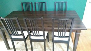 7 piece dining set. Table with 6 chairs. for Sale in Lexington, KY