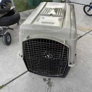 Extra Large Pet mate Kennel Container for Sale in Richmond, CA