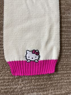 GIRLS' HELLO KITTY SCARF for Sale in Salinas,  CA