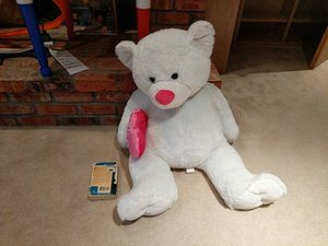 Big fluffy Teddy bear for Sale in Sammamish, WA