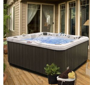 American Spa/ Hot tub 7 person 56-Jet with Bluetooth stereo system and Led Waterfall for Sale in Redlands, CA