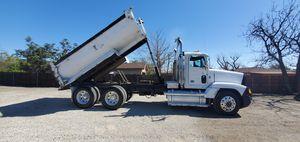 1990 freightliner dump truck for Sale in Fontana, CA