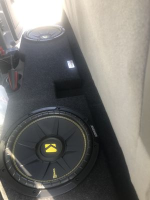 """Selling 2 Speakers Only( NOT THE BOX ) 12"""" Comp C 600W Both Speakers for $140 for Sale in Fresno, CA"""