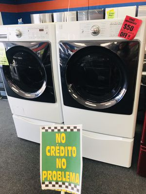 Kenmore Front Load Washer & Dryer Set With Pedestals ✨ Discount: JUANA for Sale in Redlands, CA
