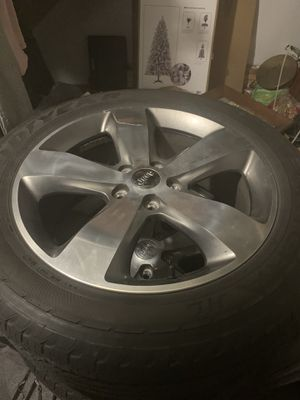 "Jeep Grand Cherokee 20"" factory wheels for Sale in Shillington, PA"