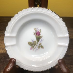 Porcelain Dusty Rose Ashtrays for Sale in Seattle, WA