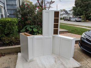 Kitchen cabinets for Sale in Baldwin, NY